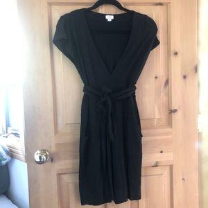 Aritzia Wilfred Black V neck Tie Waste Midi Dress